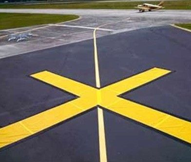 FAA Taxiway Closure X Marker - 4 x 30' Yellow